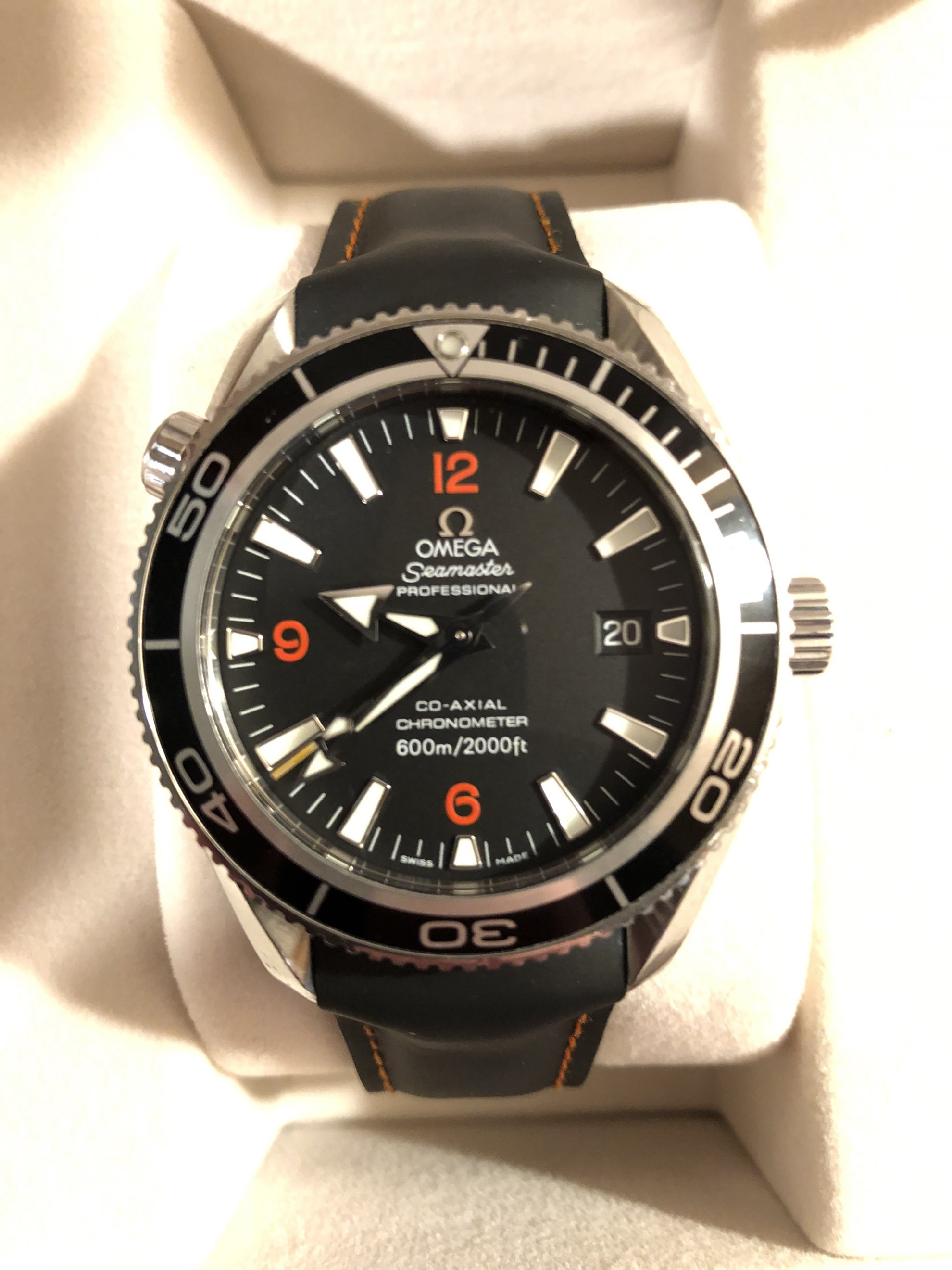 Eladó Omega Seamaster Planet Ocean 600M Co-Axial 42 Stainless Steel / Orange Numerals / Rubber óra